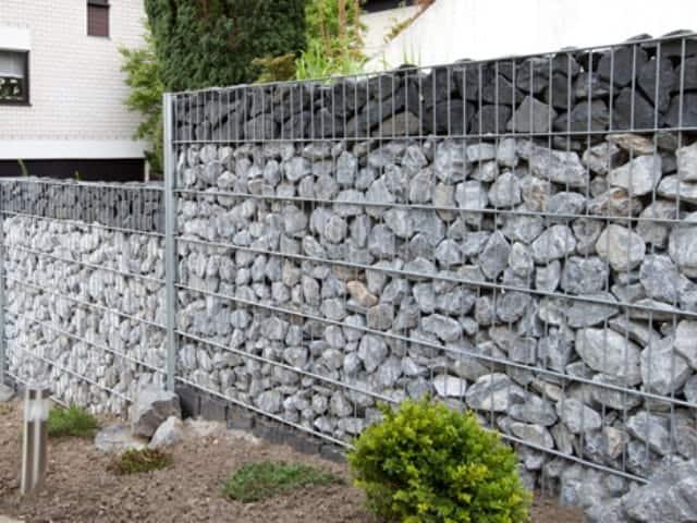 Gabionen bei Landshut Wand gestuft