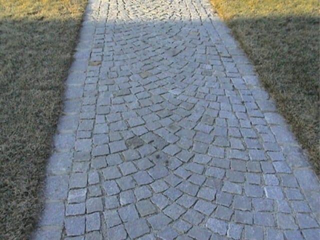 Gartenweg pflastern Abfalter