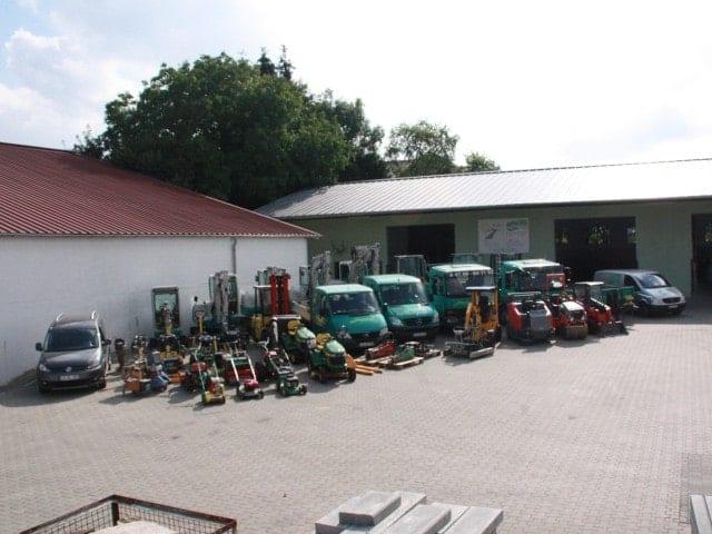 Unsere Maschinen Gartenbau bei Landshut