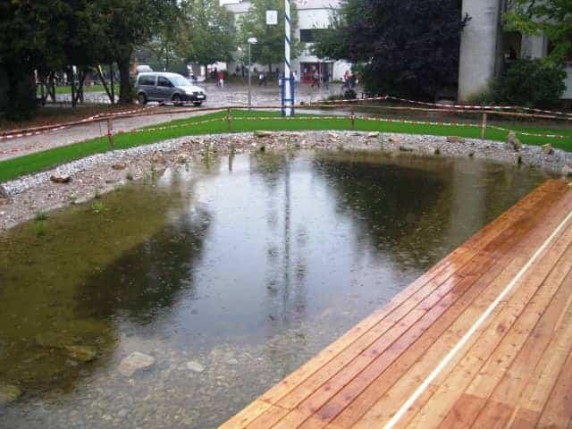 Öffentliche Anlagen Teich 2